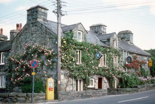 Llanbedr, Wales