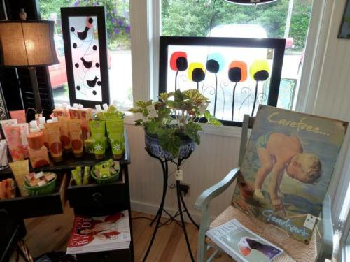 Natural Nook display