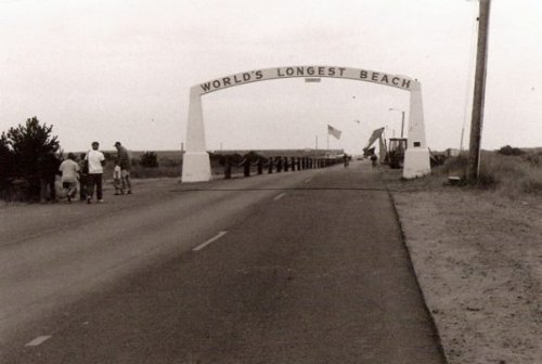the Long Beach Arch, 1991