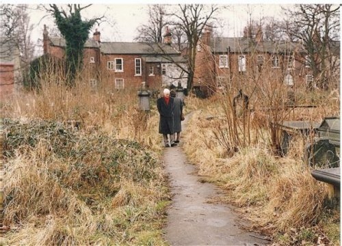 Chapel Allerton graveyard