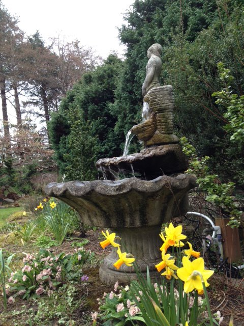 the lady fountain