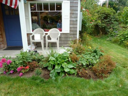 garden by front porch