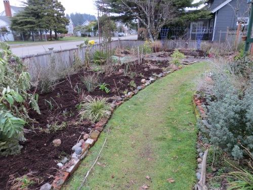 front garden mulched