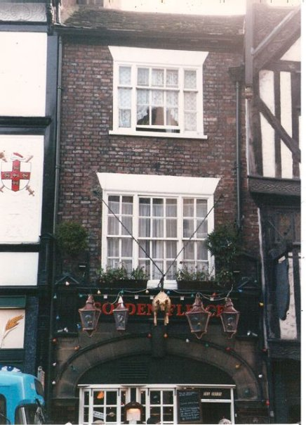 lanterns and windowboxes in York