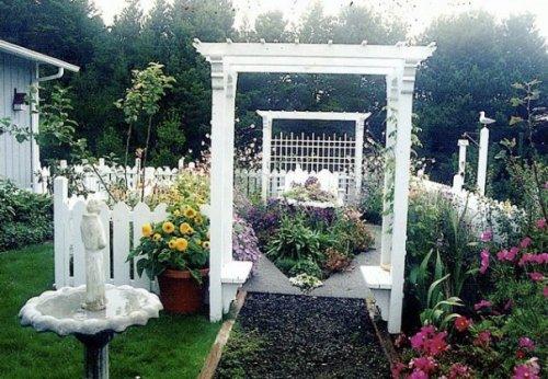 Maxine's cloister garden '95