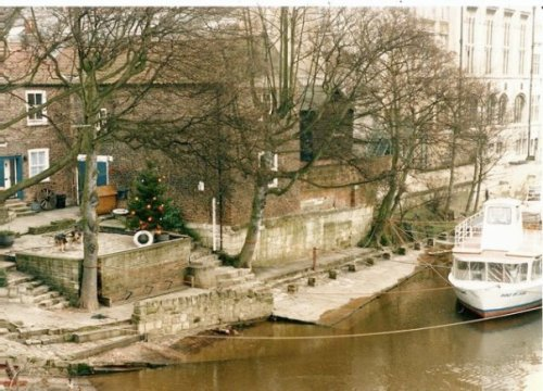 Ouse River, with Christmas tree