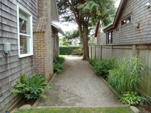 path to the back yard