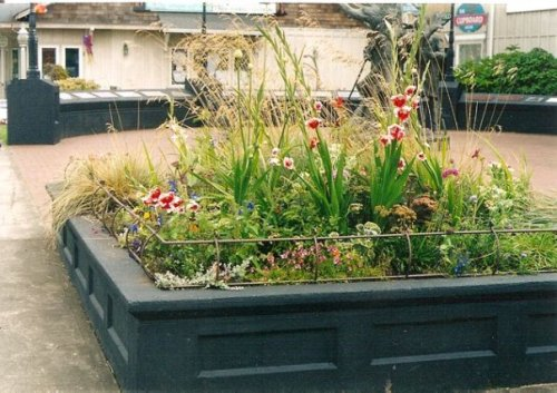 planter rail