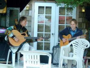 Between sets, Randy Brown and Friend performed.