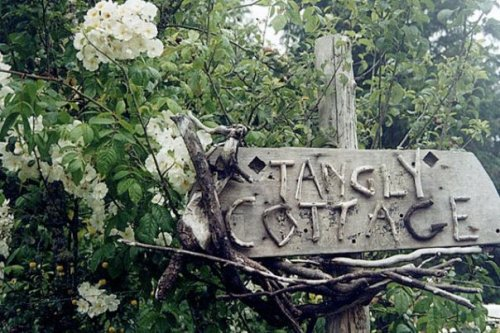 Tangly Cottage sign