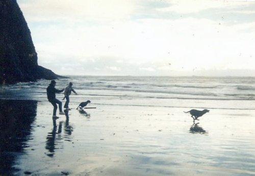 Bertie and Daisy at Waikiki