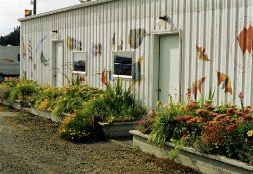 Payson Hall planters