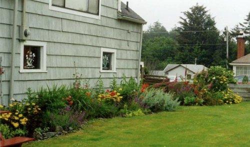 garden shed border at Andersen's