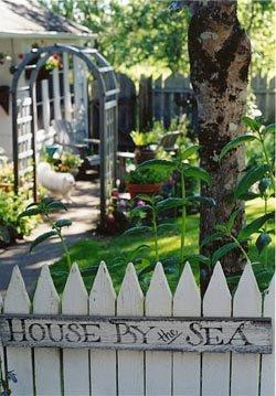 Paul's cottage gate