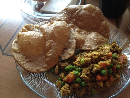 puri and curry rice