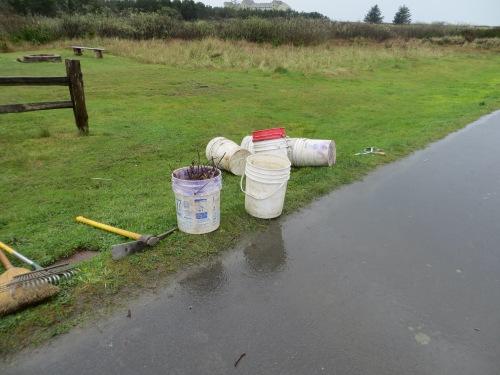 reflective buckets