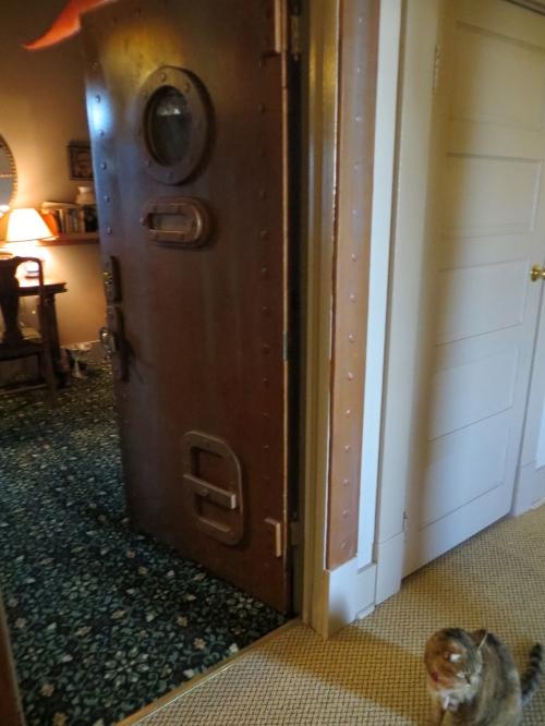 the door to Jules Verne