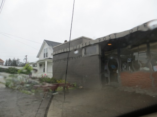 the daily Ilwaco post office stop