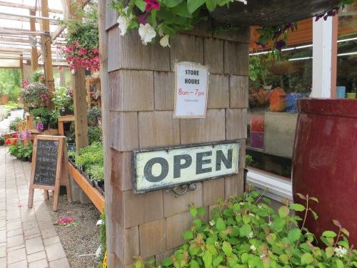 7 Dees garden center