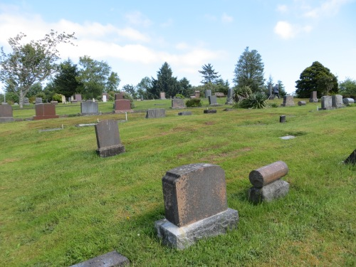 the peaceful Ilwaco cemetery, on a hill just east of town