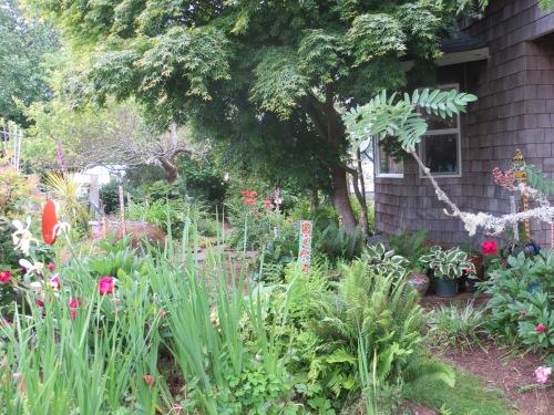 a peek into an enchanted garden