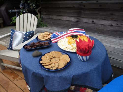 tour day refreshments including Bob Fitzsimmons' home made cookies.