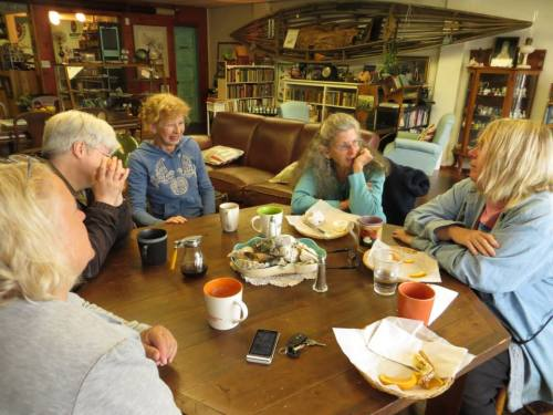 (l-r)  Debbie, Kathleen, Luanne (Olde Towne Owner), Sheila, me