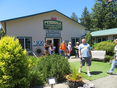 Peninsula Landscape Supply was buzzing with activity.