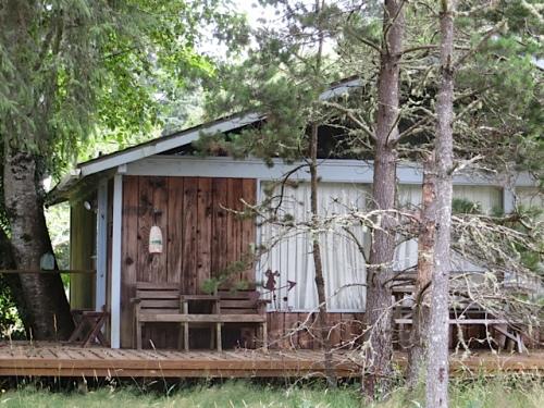 an appealing woodsy retreat