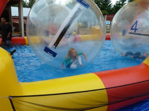 It was impossible to stand up in the spinning bubbles.