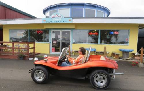 a crowd favourite: the happy dune buggy driver