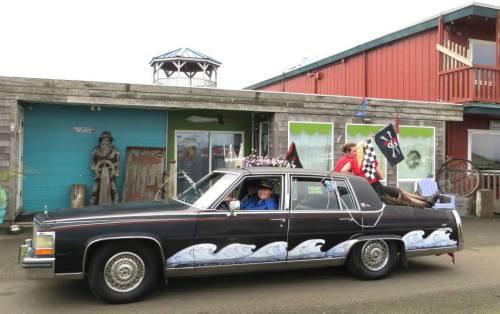Jenna and her caddy in front of her Queen La De Da's gallery