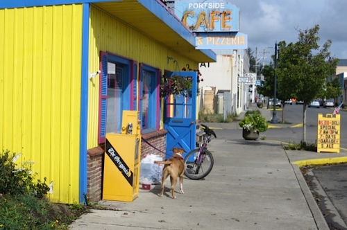 the colourful Portside Café