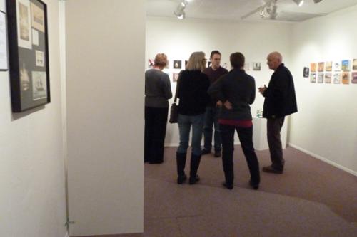 art collectors plotting