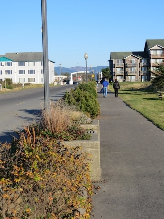 Bolstadt beach approach garden, looking toward town
