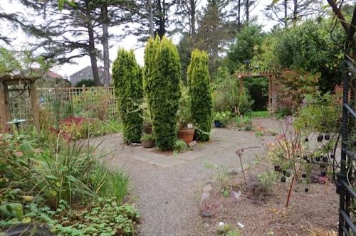 KBC fenced garden