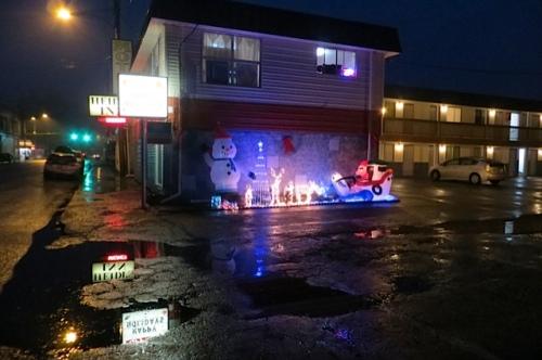 rain reflections at Heidi's Inn on Spruce