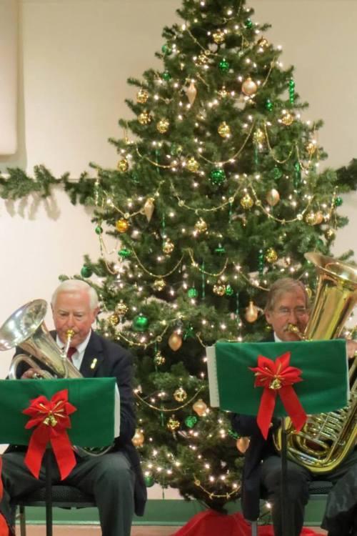 Tubas playing Christmas carols