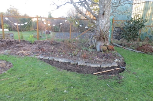 expanded bed and a source of sod chunks