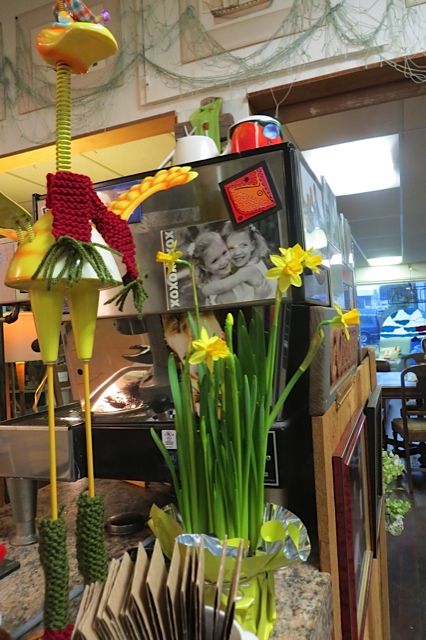 Olde Towne Café flowers