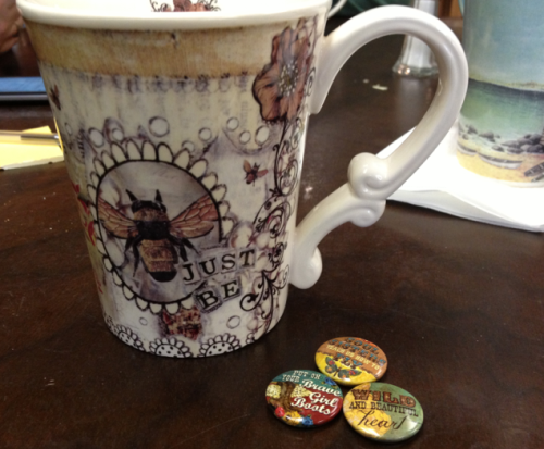 Cat's gift: inspirational mug and buttons