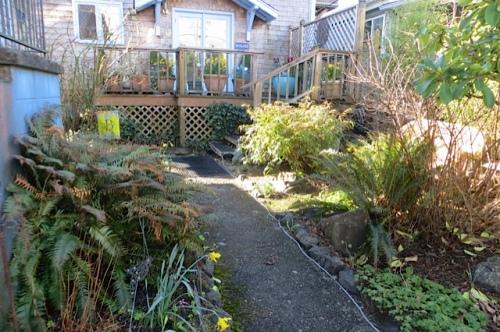 east side entry garden before