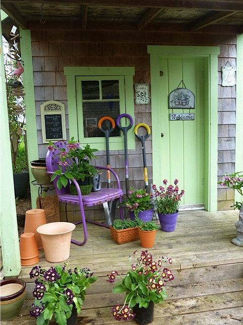 Back Alley Gardens shed