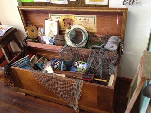 olde book decor at Olde Towne Coffee Café