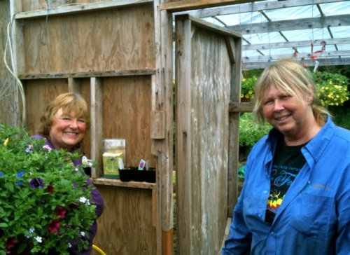 flower basket maker extraordinaire Nancy Aust and me at the Basket Case on the previous visit.
