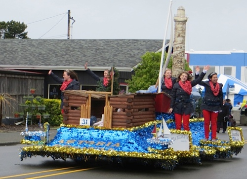 Astoria's float with replica of Astoria Column