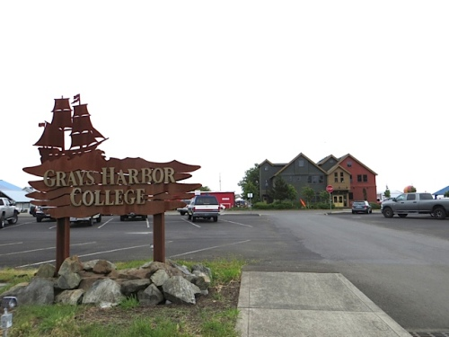 past the community college ( an annex to the one in Aberdeen)