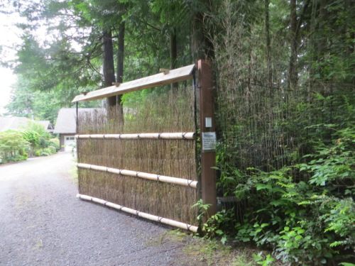 deer fence gate