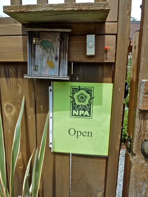 NPA= Northwest Perennial Alliance, the Seattle area version of the Hardy Plant Society of Oregon and the sponsor of the study weekend