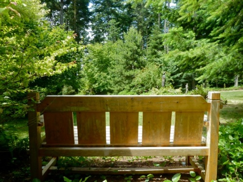Allan's photo of guest house bench